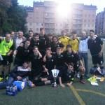 L'Olginatese Juniores festeggia la vittoria al torneo della Lombardia 1